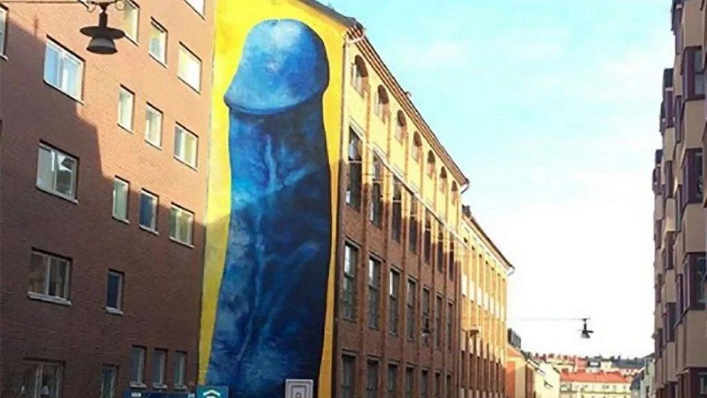 egy pénisz láttán)