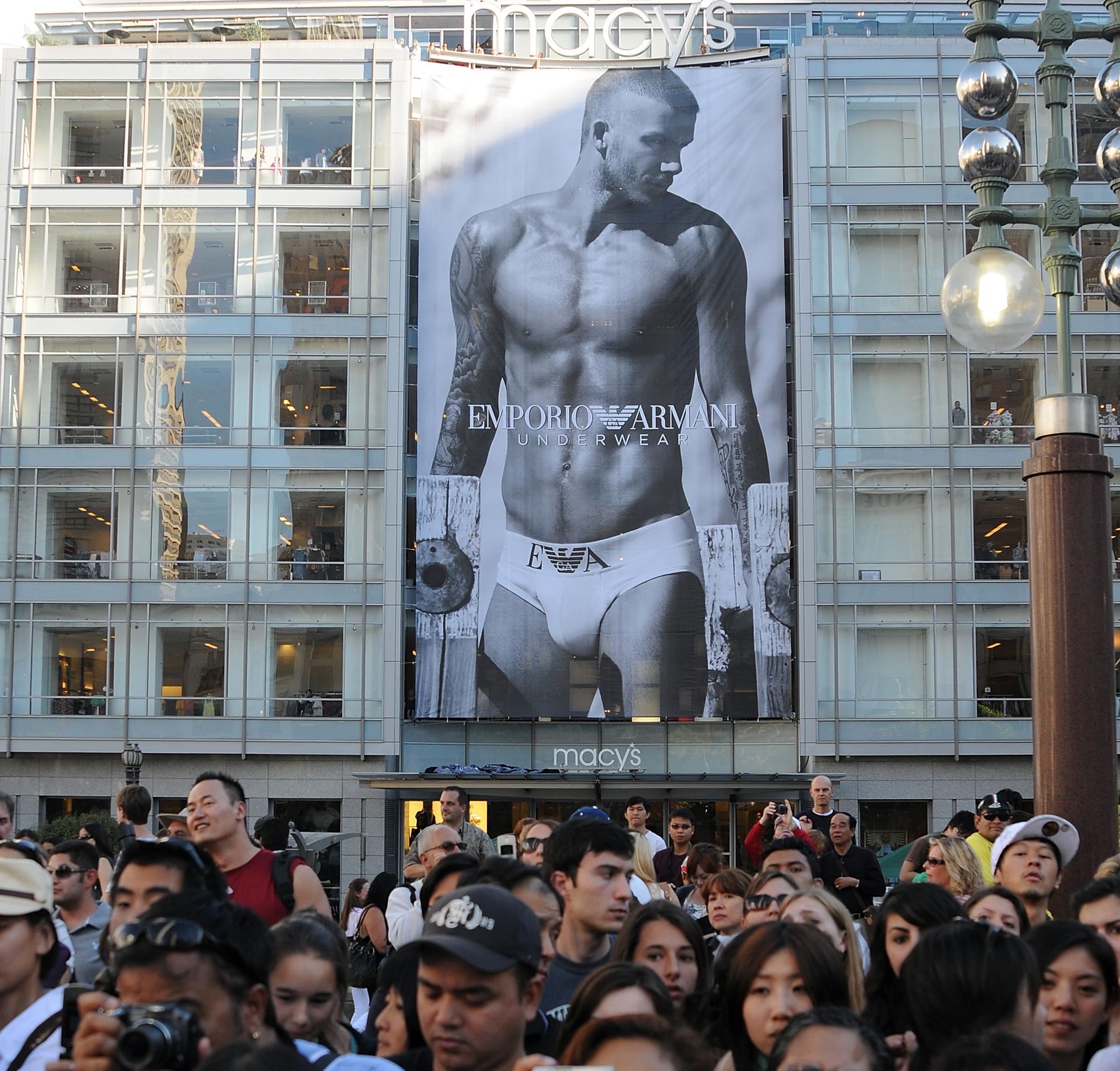 Ilyen a pufók David Beckham