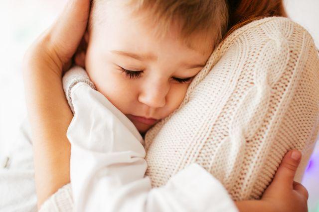 erekció anya gyermeknél