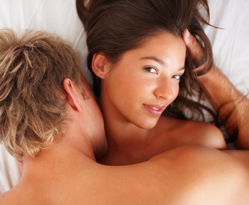 Egy módszer, amivel könnyebben érhető el a női orgazmus szex közben - Dívány