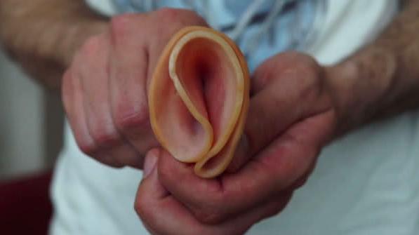 pénisz először látja