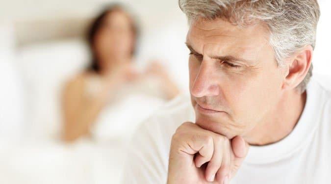 az erekció zavarja az alvást)