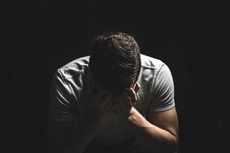 merevedési fájdalom után