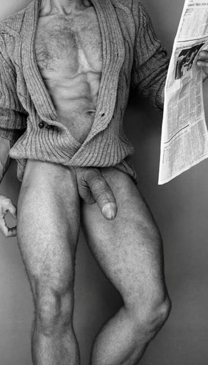 meztelen férfiak pénisz)