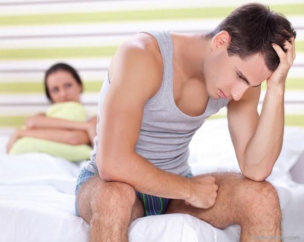 izgalommal, erekció nélkül fájdalom a perineumban az erekció során