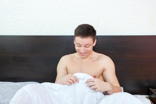 reggeli erekció csak férfiaknál